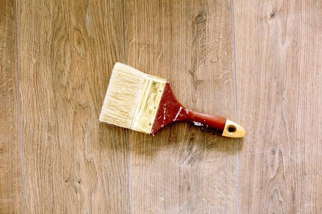 Hoe schilder je houten ramen