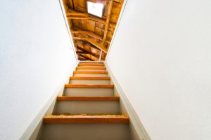 Traprenovatie sneller en voordeliger dan plaatsen van een nieuwe trap
