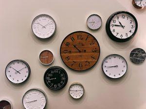 Hippe klokken die je interieur verfraaien